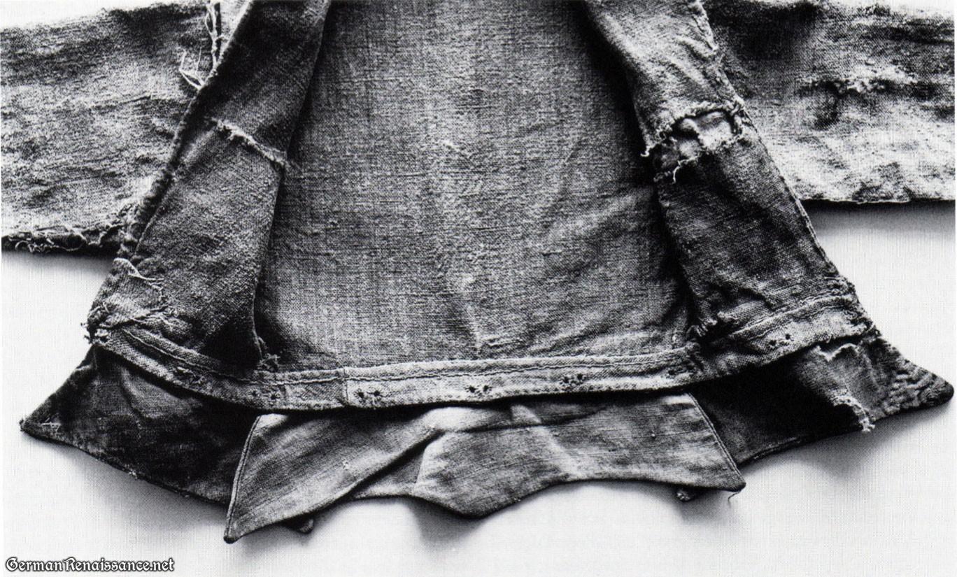linen-doublet-detail