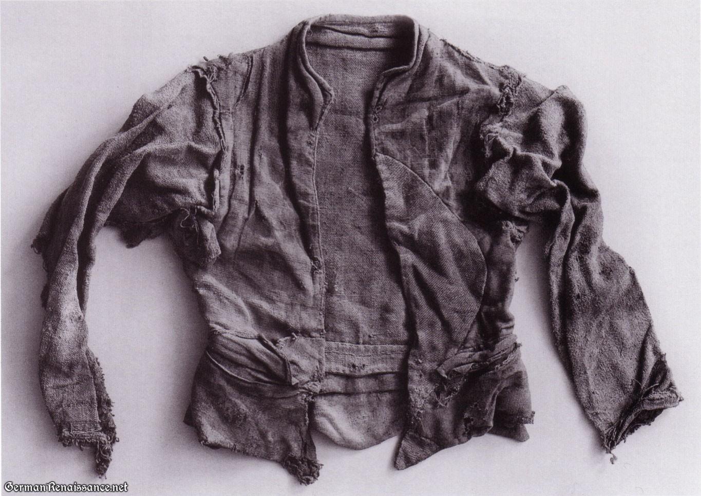 linen-doublet-front